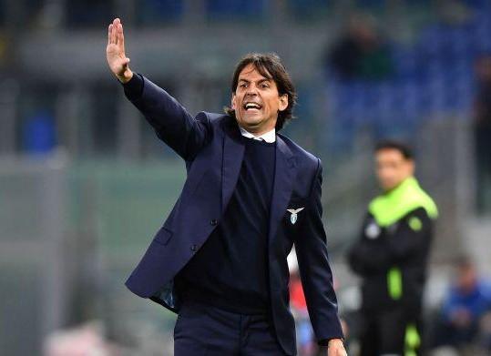 Lazio, si continua con la difesa a tre