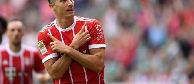 Bundesliga, Lewandowski trascina il Bayern. 2-0 del Dortmund sull'Hertha