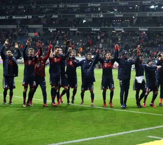 Bundesliga, Bayern campione d'inverno. Il Dortmund esonera Bosz