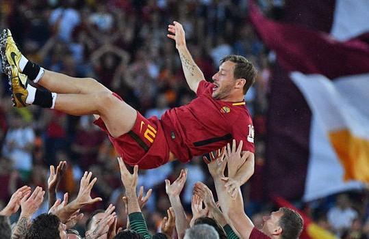 Francesco Totti, la leggenda. Dal 1993 al 2017…