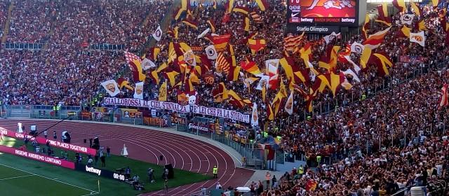 Pazza Roma, il derby è tuo. 3-1 alla Lazio!