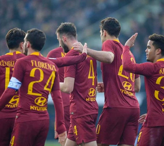 Roma, Capodanno con il sorriso. 2-0 al Parma!