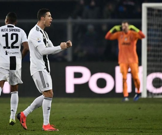 Cristiano salva Juve