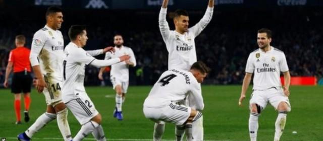Liga, ora è una corsa a due mentre il Real si riporta in zona Champions