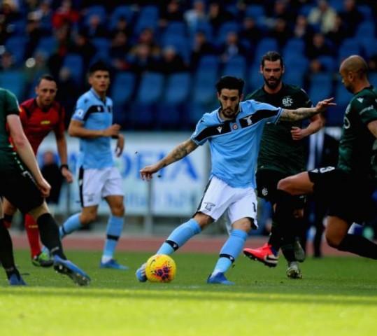 Lazio in testa con rinvio